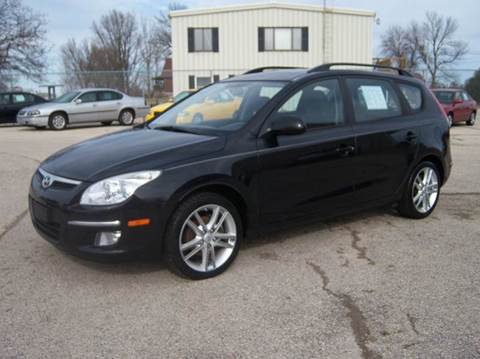 2010 Hyundai Elantra Touring for sale in Fond Du  Lac, WI