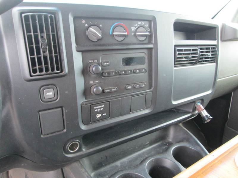 2006 GMC Savana  - Eaton CO