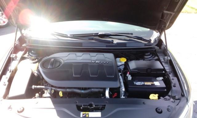 2015 Chrysler 200 Limited 4dr Sedan - Topeka KS