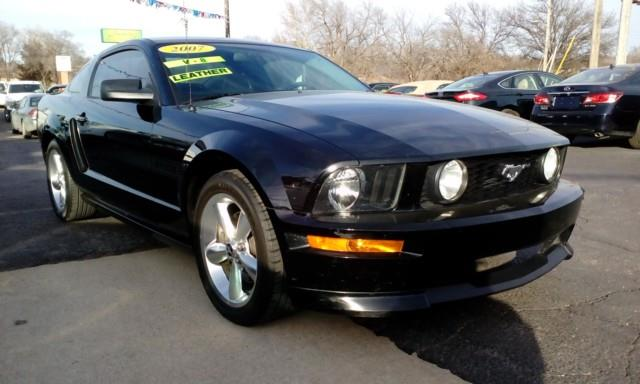 2007 ford mustang gt cs deluxe coupe in topeka ks jim clark auto world. Black Bedroom Furniture Sets. Home Design Ideas