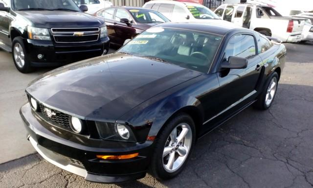 2007 Ford Mustang GT / CS Deluxe Coupe - Topeka KS