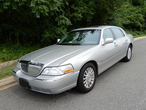 2004 Lincoln Town Car for sale in Fredericksburg, VA