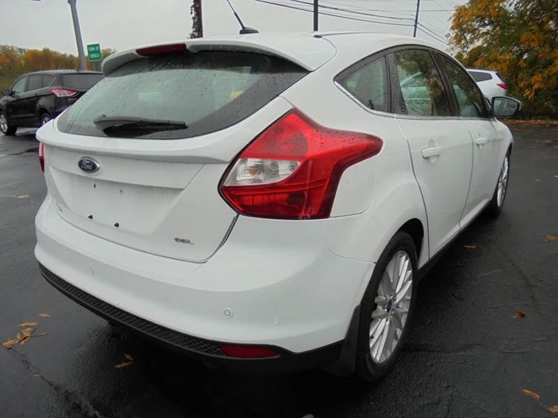 2012 Ford Focus SEL 4dr Hatchback - Geneva NY