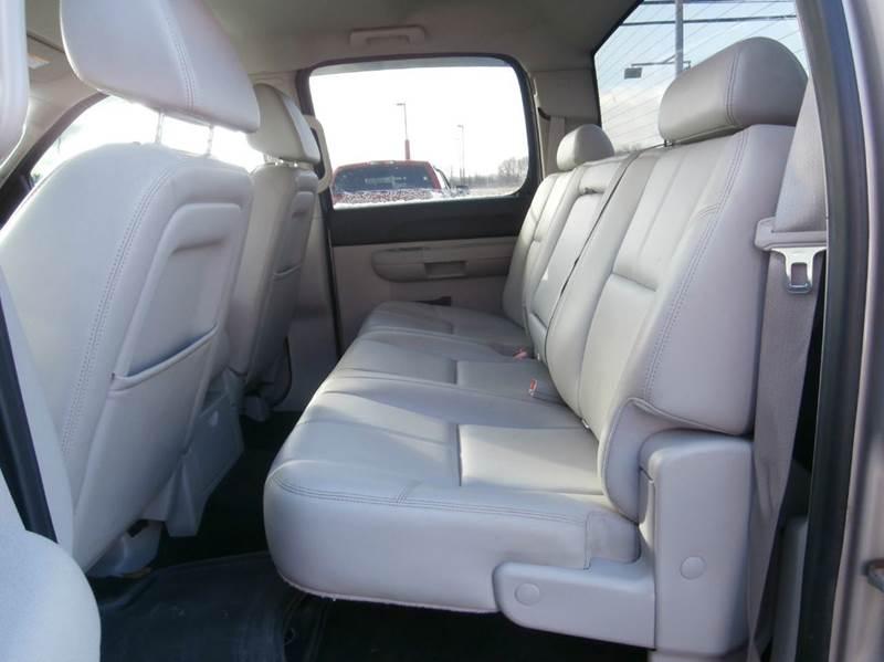 2009 Chevrolet Silverado 1500 4x4 LT 4dr Crew Cab 5.8 ft. SB - Geneva NY