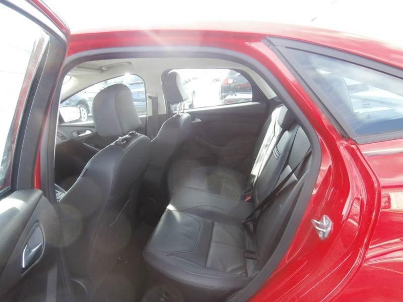 2015 Ford Focus SE 4dr Sedan - Geneva NY