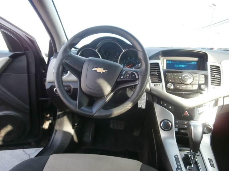 2012 Chevrolet Cruze LS 4dr Sedan - Geneva NY