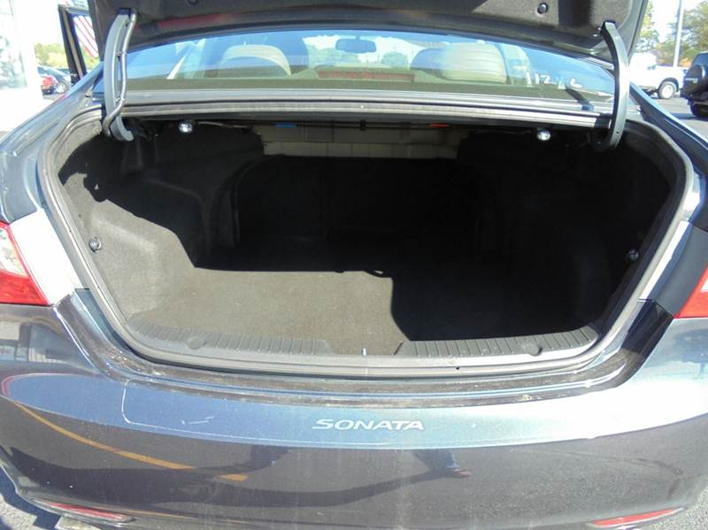 2012 Hyundai Sonata SE 4dr Sedan 6A - Geneva NY