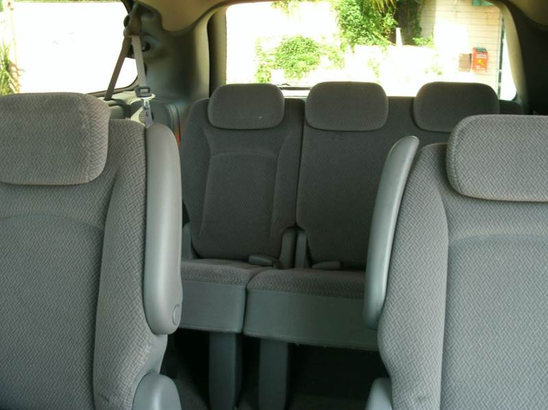2007 Dodge Grand Caravan SXT 4dr Extended Mini-Van w/ Supplemental Side Curtain Airbags - Jacksonville FL