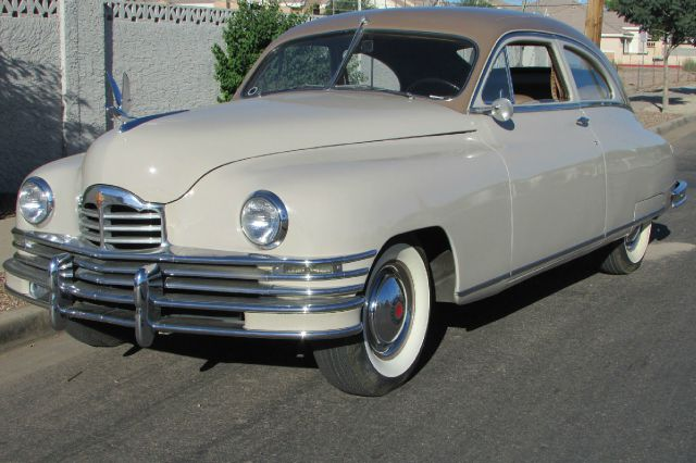 1948 Packard Deluxe Club Sedan