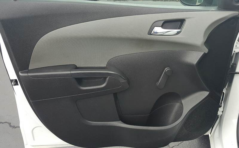 2012 Chevrolet Sonic LS 4dr Hatchback w/2LS - Hickory NC