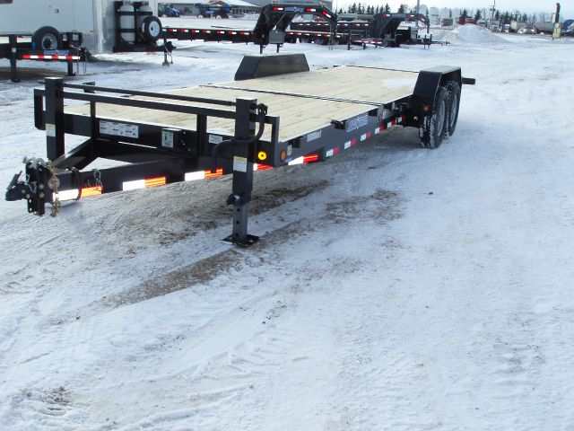 2014 LOAD TRAIL TILT DECK
