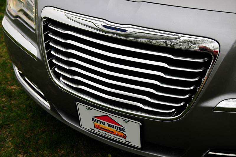 2011 Chrysler 300 Limited 4dr Sedan - Terre Haute IN