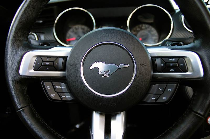 2015 Ford Mustang V6 2dr Convertible - Terre Haute IN