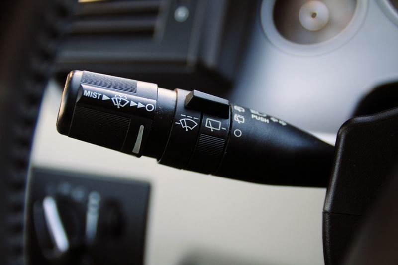 2013 Volkswagen Routan SE 4dr Mini-Van w/ RSE and Navigation - Terre Haute IN