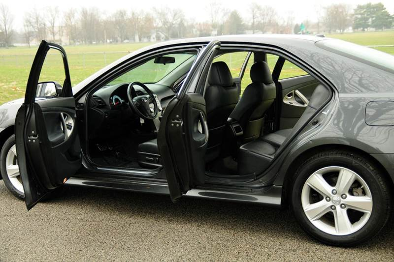 2011 Toyota Camry SE V6 4dr Sedan 6A - Terre Haute IN