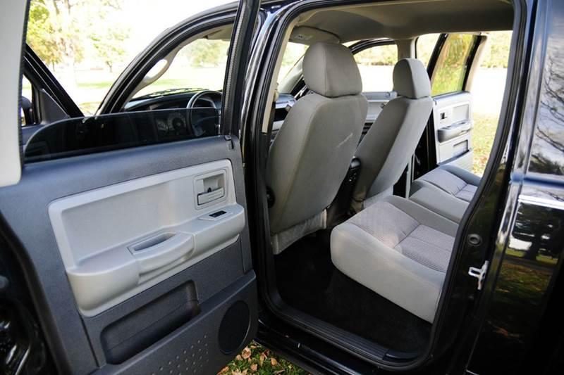 2008 Dodge Dakota SLT 4dr Crew Cab 4WD SB - Terre Haute IN