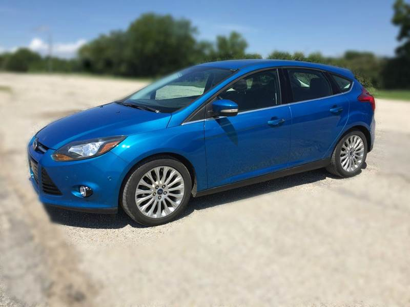 2012 ford focus titanium 4dr hatchback in pomona ks bailey auto. Black Bedroom Furniture Sets. Home Design Ideas