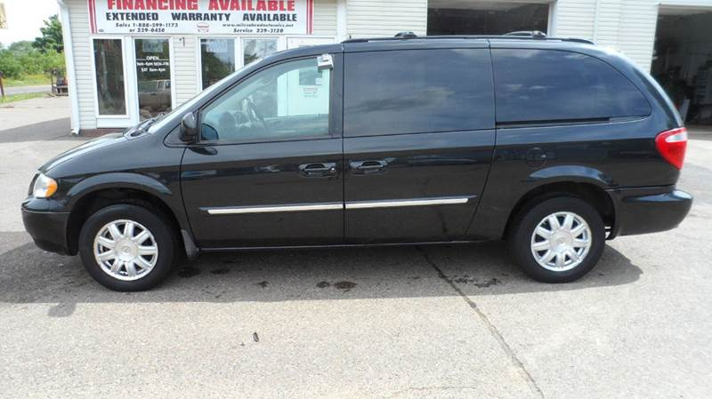 2006 chrysler town and country touring 4dr extended mini van in cornell wi miles ahead auto sales. Black Bedroom Furniture Sets. Home Design Ideas