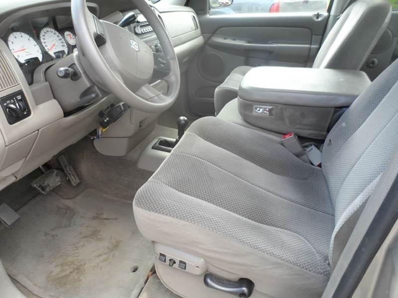 2005 Dodge Ram Pickup 1500 Laramie 4dr 4WD Quad Cab SB - Cornell WI