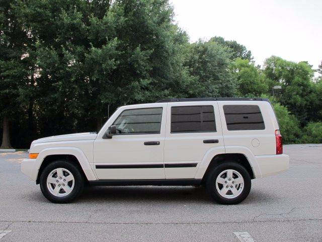 2006 Jeep Commander 4dr SUV 4WD - Raleigh NC