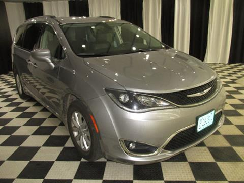 2017 Chrysler Pacifica for sale in Machesney Park, IL