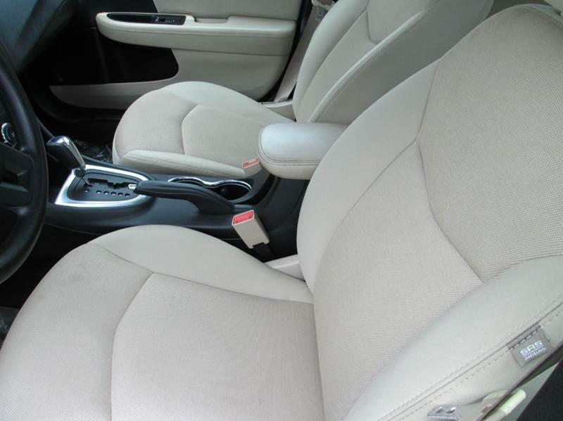 2013 Dodge Avenger SE 4dr Sedan - Beaumont TX