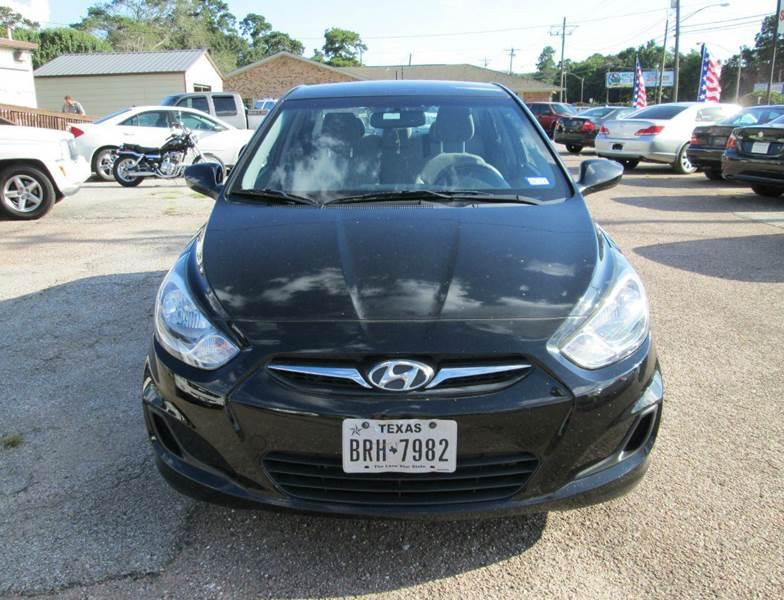 2013 Hyundai Accent GLS 4dr Sedan - Beaumont TX