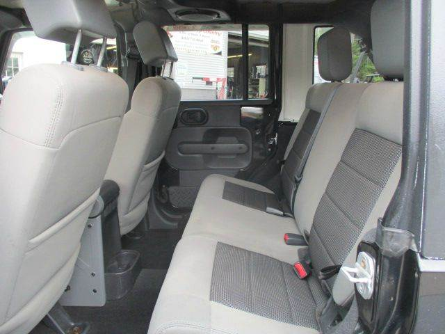 2010 Jeep Wrangler Unlimited 4x4 Sport 4dr SUV - Epsom NH