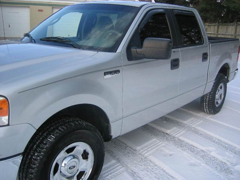 2005 Ford F-150 4dr SuperCrew XLT 4WD Styleside 5.5 ft. SB - Fairborn OH
