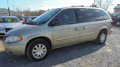 2005 Chrysler Town and Country for sale in Moncks Corner, SC
