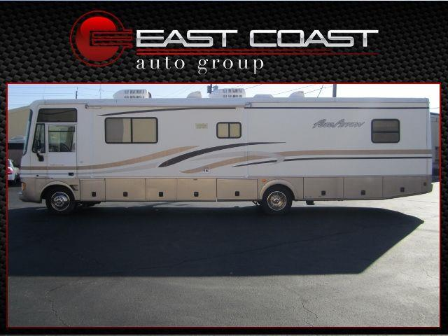 2001 PACE ARROW MOTOR HOME
