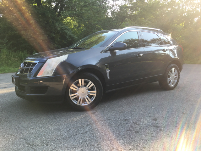 2010 cadillac srx luxury collection awd 4dr suv in newark nj east coast auto group. Black Bedroom Furniture Sets. Home Design Ideas