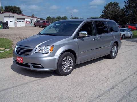 2014 Chrysler Town and Country for sale in Shullsburg, WI