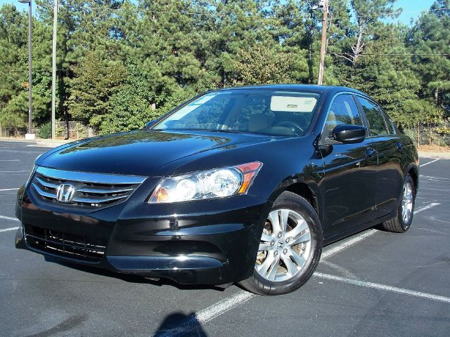 2011 HONDA ACCORD 4DR I4 AUTO LX-P SEDAN crystal black pearl one-owner low miles extremely clean