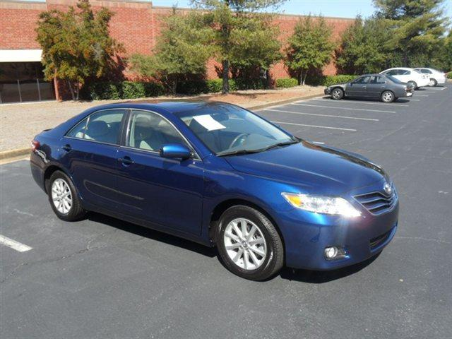 2011 TOYOTA CAMRY 4DR SDN V6 AUTO XLE SEDAN blue ribbon metallic 35l v6 it comes fully loaded wi