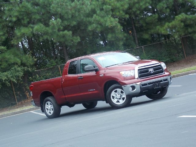 2010 TOYOTA TUNDRA TUNDRA-GRADE 57L DOUBLE CAB 2 maroon very reliable nice and clean cd player