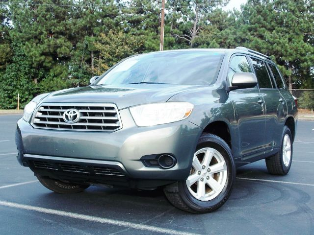 2008 TOYOTA HIGHLANDER BASE 2WD green cruise control mp3 player looks and runs great with featur