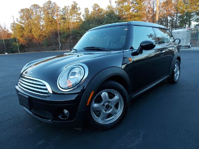 2010 MINI COOPER CLUBMAN BASE black must-see vehicle with powered mirrors heated seats for the w