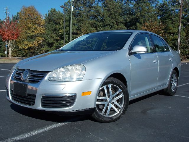 2006 VOLKSWAGEN JETTA 25L PZEV silver clean carfax report great value 5 cylinder gas great con