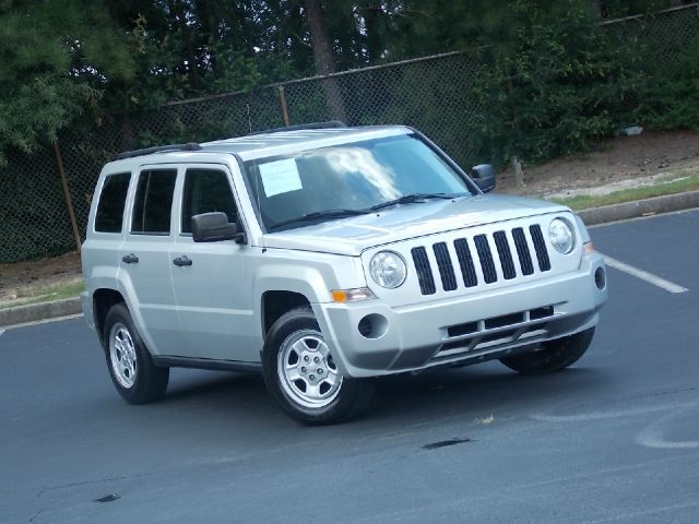 2008 JEEP PATRIOT SPORT 2WD silver leather priced to sell fast cd player power windows power l