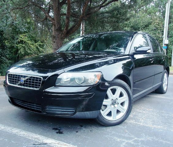 2006 VOLVO S40 24I black leather interior woodgrain sunroof looks great and runs great with fe