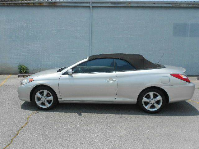 2004 TOYOTA CAMRY SOLARA SE V6 2DR CONVERTIBLE silver 17 inch wheels abs - 4-wheel alloy wheels