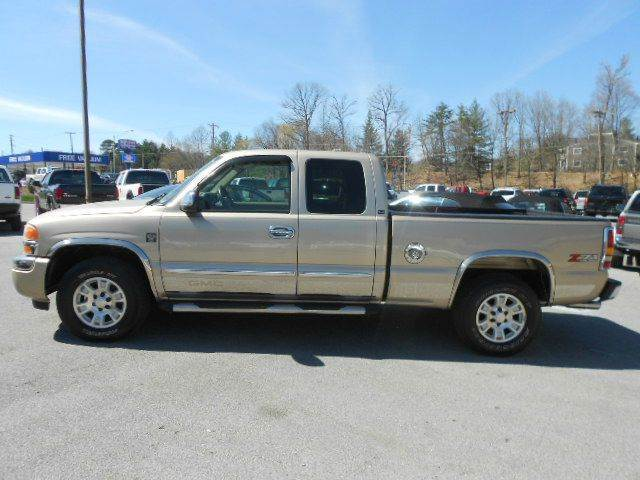2005 GMC SIERRA 1500 SLE 4DR EXTENDED CAB 4WD SB gold abs - 4-wheel anti-theft system - alarm a