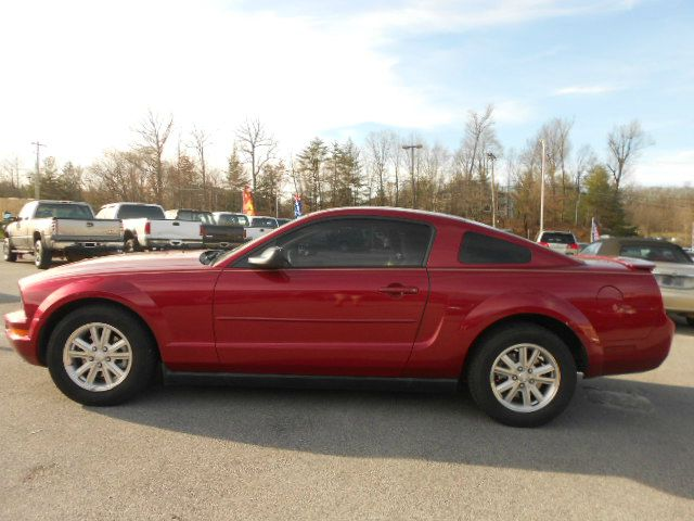 2007 FORD MUSTANG V6 DELUXE 2DR COUPE red airbag deactivation - occupant sensing passenger anten
