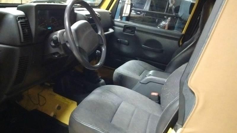 2002 Jeep Wrangler X 4WD 2dr SUV - Kingsport TN