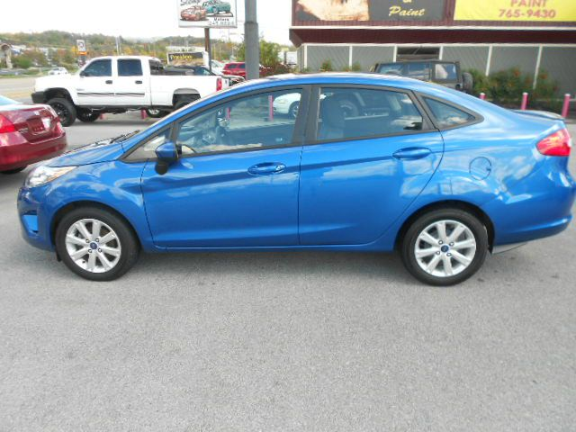 2011 FORD FIESTA SE 4DR SEDAN blue the 2011 ford fiesta gives economy car shoppers reason to celeb