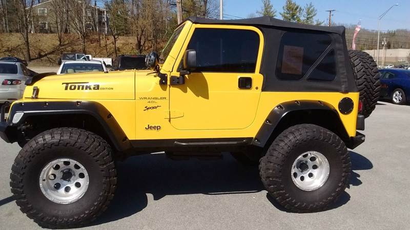 2001 JEEP WRANGLER SPORT 4WD 2DR SUV yellow axle ratio - 307 cassette center console front ai