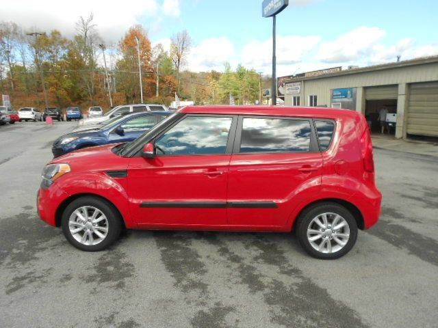 2013 KIA SOUL  4DR WAGON 6A red 2-stage unlocking abs - 4-wheel active head restraints - dual