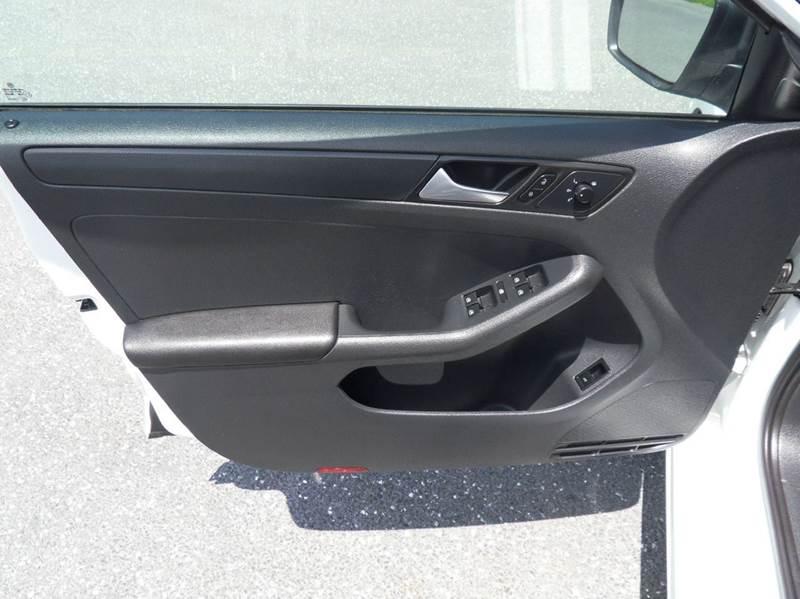 2014 Volkswagen Jetta S 4dr Sedan 6A - Harrisonburg VA