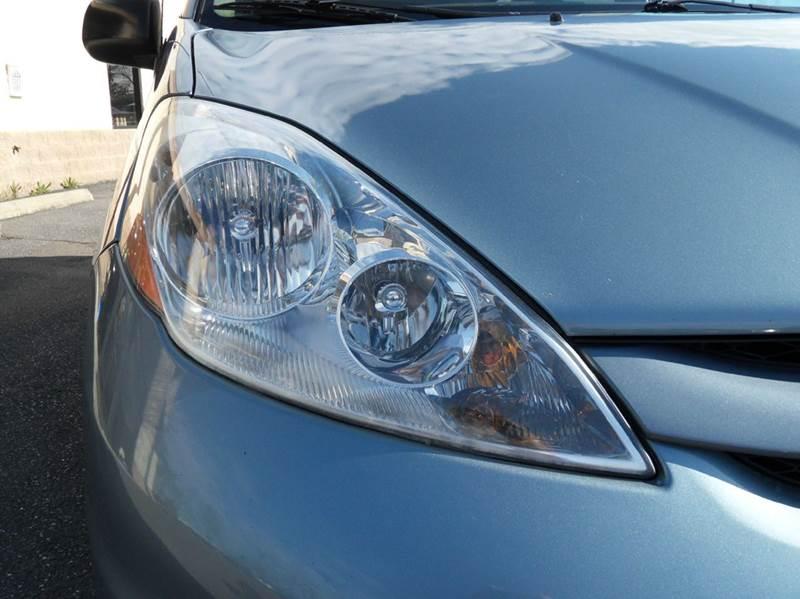 2008 Toyota Sienna CE 7-Passenger - Harrisonburg VA